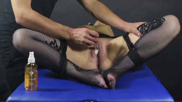 Clit impaled Clit brush edging game-post orgasm torture