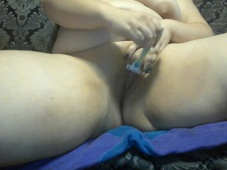 HI-SPEED PMV Chubby Girl Shaves Her Pussy