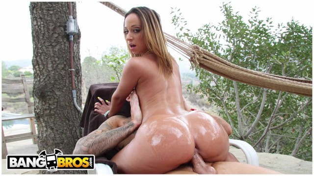 BANGBROS - Unbelievably Hot PAWG Jada Steven Gets Herself Some Cock