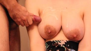 Huge cumshot on big natural milky tits