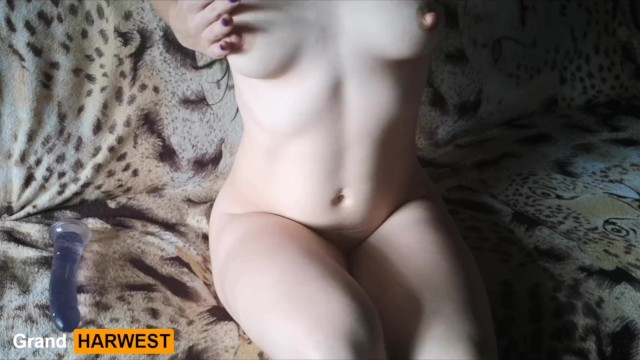 Condoms rubber - Brunette brings herself to orgasm with a rubber dick