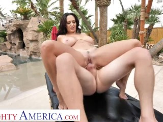 Naughty America – Ava Addams fucks her son's friend