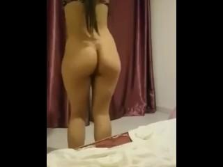 Hot algerian girl dancing...
