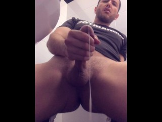 Matosh123 play and cum after work out in...