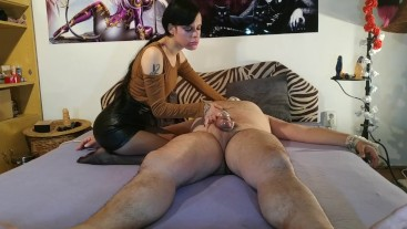 Beth Kinky - Sexy goth domina smothering & choking her slave pt 1 HD