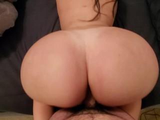 Teen Big Ass Curvy Step Daughter Fucks Her Dad Good