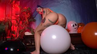 PAWG Stella Rae怪异的万圣节气球爆裂-业余Boxxx