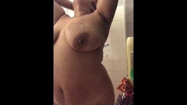 Hello kitty Bbw showers while daddy watches through window Squirts cums
