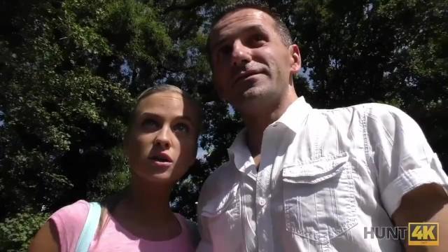HUNT4K. Mann ladt Paar zu seinem Platz ein und fickt Shanie Ryan 6