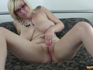Bustymom Pov Brittany Kendall 28 The Party Girl