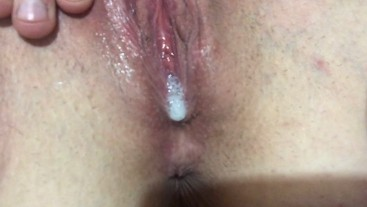 Thick white girl gets a creampie and her pink pussy eaten out