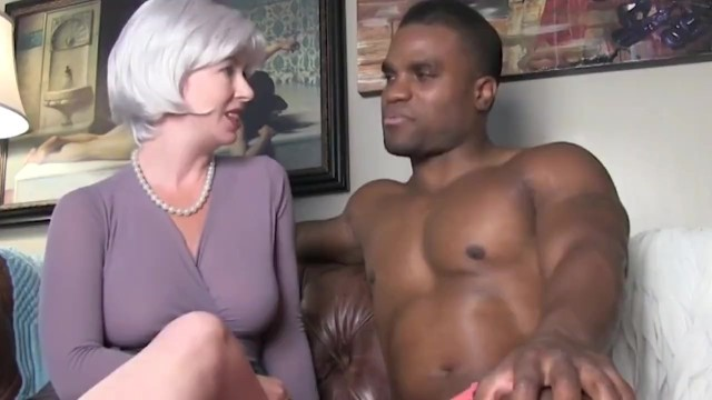 Amateur interraccial - Horny and naughty wife cheating on husband with her first bbc on vacation