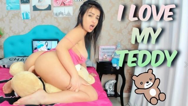 I love my Teddy! Cumming Hard on Mr Teddy, Humping My Teddy Bear