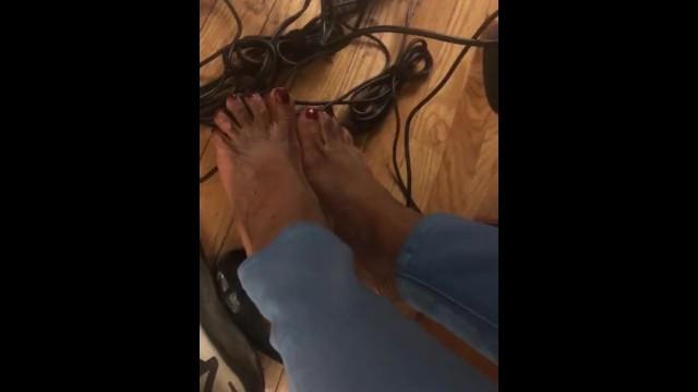 Amateur;Ebony;Public;MILF;Feet;Exclusive;Verified Amateurs;Solo Female ebony-footjob, footjob, foot-worship, foot-fetish, feet, office, fuck-work, computer, inanimate-objects, feet-worship, secret, hidden, fetish