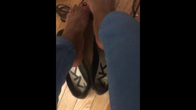 Lonely office cord foot job! 18