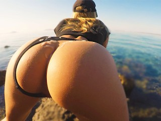 Amateur fit babe fingered beach...