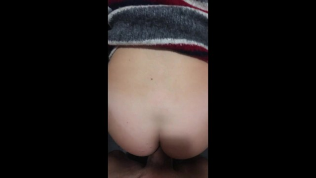 I creampie my stepsister in Toronto airport before she goes back to college 5