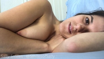 Waking Up to a Beautiful Giantess, All Natural, Vore, Fantasy, Smothering