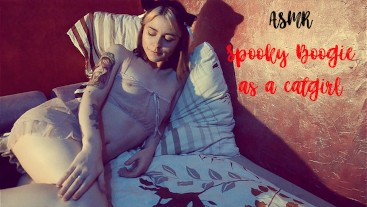 Asmr/Cosplay: Little pretty kitty masturbates on the bed