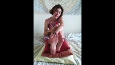JOI FETISH POV Feet Worship Jerk Off Instructions Russian Accent - Nina Yo