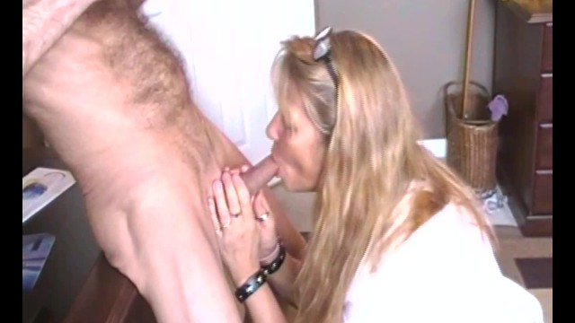 Wife Takes Friends Load