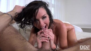 Handyman gets to titty and pussy fuck his top-heavy hot boss Veronica Avluv