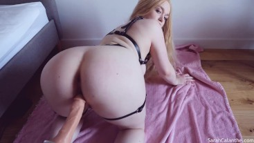 Begging you to cum in my pussy