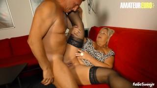 Reife Swinger - Mature German BBW Hard SEX with Neighbor - AmaterEuro