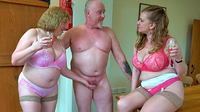 Amateur older blowjob thumbs Older british threeway sex