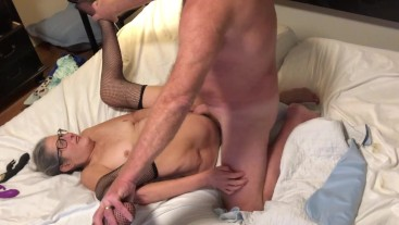 Hot Milf Gets A Good Fucking Enjoys A Big Orgasm