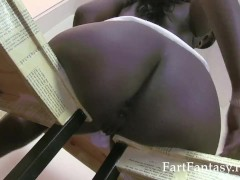 Ebony Taylor Starr Farts Nude Close Up