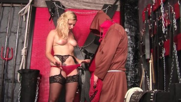 CURVY DOLLY TEASES THE MAD MONK - VIEW 4