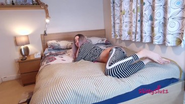 Lazy pyjama anal in the bedroom with ATM