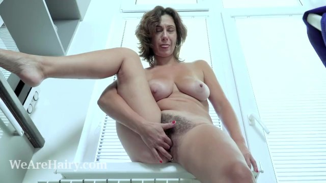 Mature unlimited kitchen Gadget has orgasms as she orgasms in her kitchen