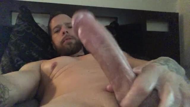 mann gefangen gezwungen cock sucker