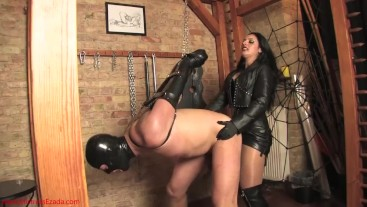 Feeding the cock-hungry bitch: Mistress Ezada fucking Her slave with a big