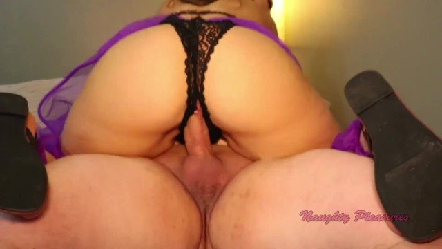Carmen Valentina Gets Kinky 5