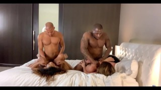 Fun orgy at home with Rob & Ricky and the girls