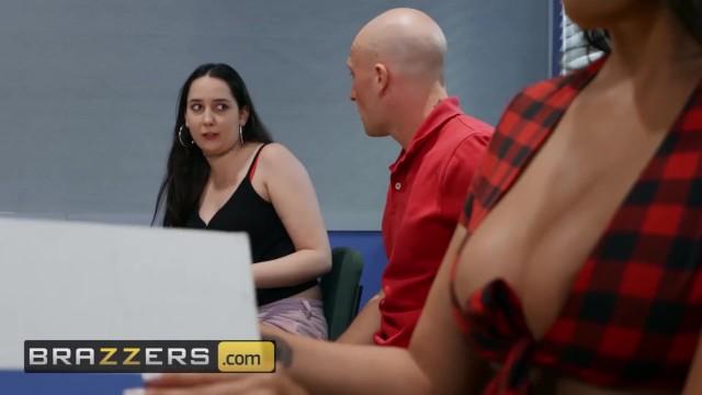 Brazzers - Big Tit schoolgirl Sofi Ryan gets pounded in class 20