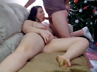 jenny stone plays with her pussy while getting her mouth fucked
