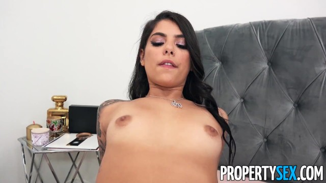 PropertySex Cheating on girlfriend with hot new roommate 17