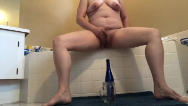 Squirting and pouring my juice all over me