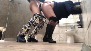 Light Skin Mandingo Young Bull Toilet Fuck Public Sex White Girl Bbc
