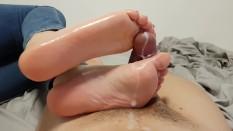 Foot massage lick