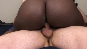 Teen Tinder Date Sucks Cock and Gets Creampied