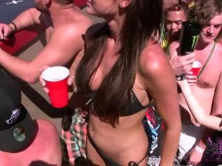 Wild hot bikini coeds...
