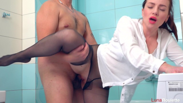 Palin in pantyhose Wife broke pantyhose and had sex in the bathroom / luna roulette