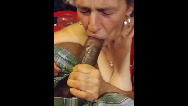 Dick sucks 4 Tricks