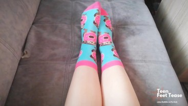 FUNNY SOCKS TEASING & HUMILIATION TASK: TAKE OFF MY SMELLY SOCK BY UR MOUTH