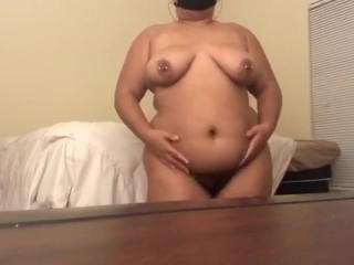 Hot bbw afro latina twerk and shows feet...